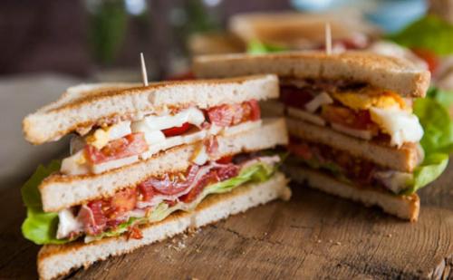 club-sandwich-the-angel-inn-900x557